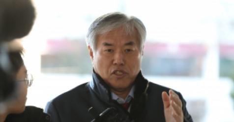 '내란 선동 혐의' 전광훈 목사 경찰 출석…5차례 소환 통...