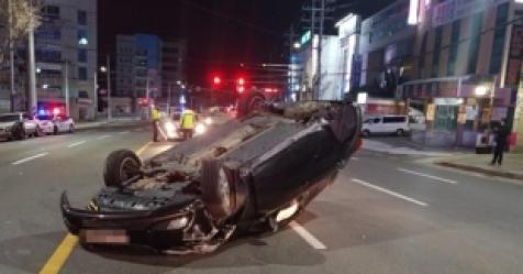 신호 위반 차량에 받혔는데 피해운전자도 입건…왜?