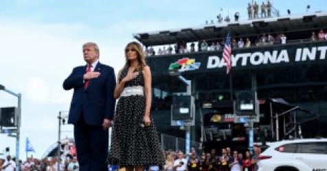 """대선출정식 방불 '데이토나500'…트럼프 """"위대한 미국의..."""