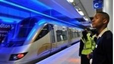 이번엔 남아공서 '노 팬츠'로 지하철...벌금?