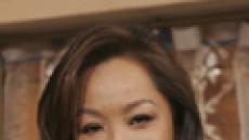 '원조 섹시퀸' 김진아, 촉촉한 눈빛 때문에...