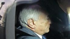 <포토뉴스>스트로스 칸 前 IMF 총재, 불법 매춘조직 연루 혐의로 긴급체포