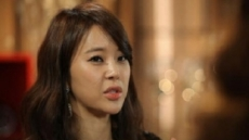 백지영, 쇼핑몰 운용 관련 공식사과…팬들 '냉랭'