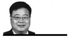 <데스크 칼럼 - 김화균> 한국과 일본 이성을 되찾자