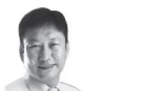 <데스크 칼럼 - 전창협> 궁핍, 시대의 기억들