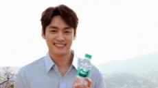 농심, '백산수' 광고모델에 방송인 오상진 발탁