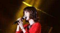 [포토]박현빈 디너쇼, '여자싸이' 윤수현 '아름다운 옆태'