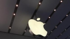 아이폰 사상 첫 판매량 감소…애플, 13년만에 매출 하락