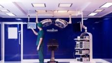 스마트 기술 집약된 올림푸스의 수술실 통합 시스템 '엔도알파' 론칭