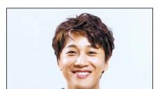차태현 '최고의 한방' 예능드라마 '첫 연출' 유호진PD 어깨 올라 청춘 소란 지휘하다