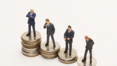 [비정규직 '제로' 산 넘어 산 ③] 정규직-비정규직 임금 격차는 '여전'