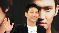 배우 정운택, 16세 연하 뮤지컬 배우와 결혼