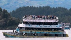 콜롬비아 관광객 170명 태운 유람선 침몰…최소 9명 사망