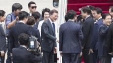文대통령, 한ㆍ미정상회담 위해 출국…환송 행사 최소화