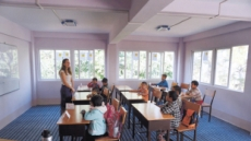 FNC엔터의 착한나눔…4번째 'LOVE FNC 스쿨' 미얀마에 문열다
