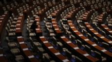 [추경안 통과 ⑦] 黨집단퇴장에도 홀로 본회의장 지킨 장제원 '찬성표'