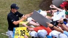 '스피스 슬램?'PGA챔피언십 막오르다