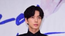 """김수현-박해진-김혜수-박신혜-티파니… """"왼손잡이였네"""""""