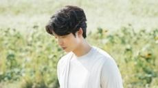 [간절기 패션 ①] 찬바람에 '남다른 존재감' 카디건…시작은 전쟁이었다