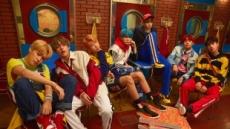 새로운 시리즈로 돌아온 방탄소년단, 'DNA' 등 음원차트 줄세우기
