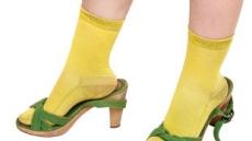 """[초가을 건강관리 ①] """"신발과 발건강, 높이보다는 넓은 굽으로 신어야"""""""