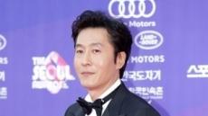 배우 김주혁, 교통사고로 사망…향년 45세