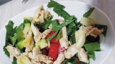 비타민D 풍부한'닭안심 마늘샐러드' 폐건강 지켜드려요