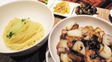 [피플 & 스토리] 소스는 적게, 고기·양파는 크게…'OCI 자장면'의 탄생비화