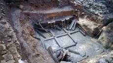 천안 위례성서 백제 최대 지하창고 발견