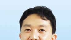 """""""허리휘는 선천성 척추측만증 10세前 치료해야 더 효과적"""""""