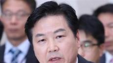 플랜B 없는 靑, 내일 홍종학 임명 강행…野 반발