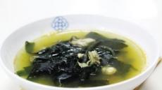 [탈모의 계절]검은콩·연어·굴…풍성한 머리카락