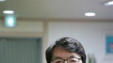 판사→국회의원→변호사…그에게 법원이란