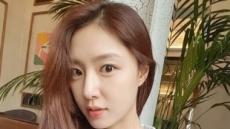 """""""조재현 무릎에 앉았다""""…배우 서지혜 과거 인터뷰가 다시 보이는 까닭"""