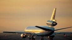 기내서 승객이 승무원 폭행…활주로 향하던 항공기 '리턴'