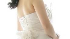 [골병 드는 '5월의 신부' ②] 로맨틱한 'S라인 웨딩촬영',  허리디스크 부를 수도…