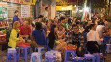 동남아 최대 맥주시장인데…술 줄이는 베트남, 광고도 끊나