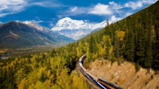 로키 산맥, 기차 타고 오르다…최고의 가심비