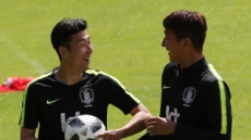 """[월드컵 D-3] 14일 밤 개막전…""""공은 둥글다, 후련하게 차라"""""""