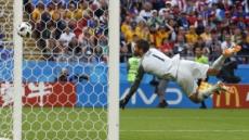 [월드컵] VAR 첫 수혜팀은 프랑스…판정 번복으로 페널티킥 따내