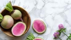 [리얼푸드]겉과 속이 다른 매력 '과일무'…색감도 단 맛도 반전