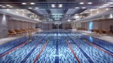 30도 무더위의 기습, 즉행으로 식히는 수영장 호캉스
