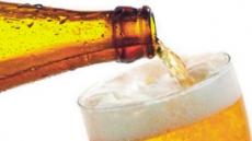 음주가 배뇨에 도움?…'전립선 비대증' 있다면 맥주는 毒