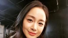 김태희, '바비인형' 한채영과 한식구됐다