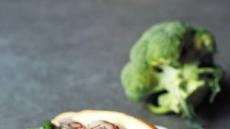 브로콜리가 빵에 쏙~아이올리로 풍성하게