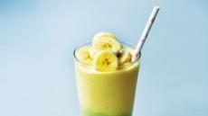 [크리스틴 조의 비건 레시피] 아보카도의 환상적인 녹색 망고의 달콤한 노란색 조화 우리집 거실이 감성카페로