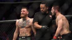 맥그리거 UFC서 침몰…항복승 하빕, 명성 폭등