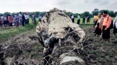 중국산 F-7 전투기 미얀마서 또 추락…조종사 2명·10세 소녀 사망