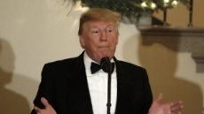 """美 CEO 75% """"트럼프 대신 해외 파트너에게 사과했다"""""""
