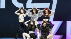 JYP 신인 걸그룹 ITZY, 밝고 건강한 에너자이저 전략 통했다